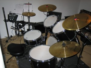 The acoustic to electric drum set with the Smartrigger cymbals.